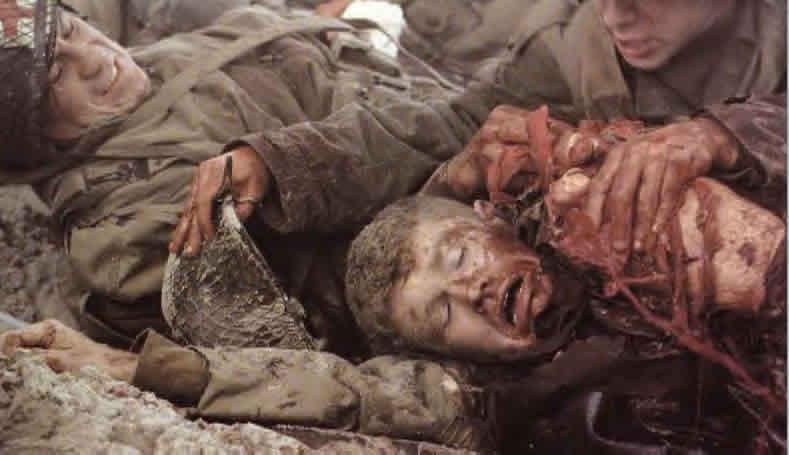 barry niland La historia que cuenta salvar al soldado ryan está basada en el caso real del soldado fritz niland, que formaba parte del escuadrón aéreo aliado y que perdió a.