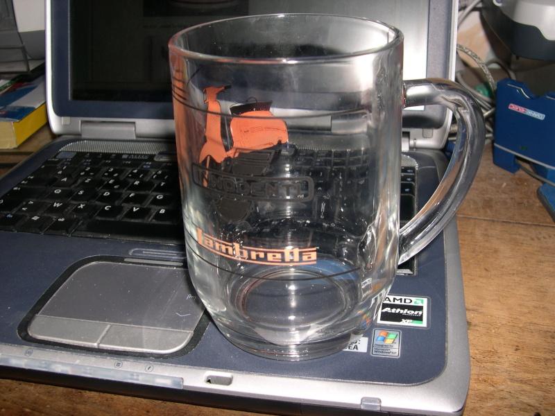 Mods scooterboys pour la post rit sur un mug for Chambre 13 secte