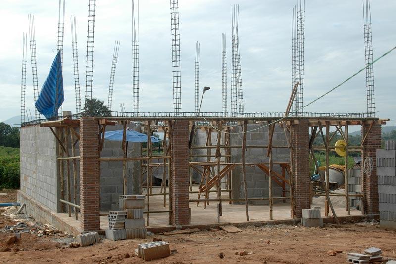 La construction de notre petite maison for Construction maison brique ou parpaing