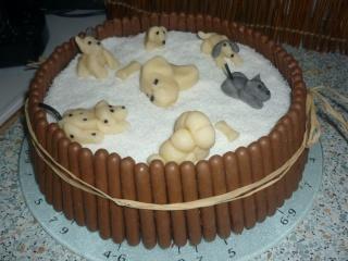 Blog de valsixt : Les gourmandises de Val, Détail du gâteau chien