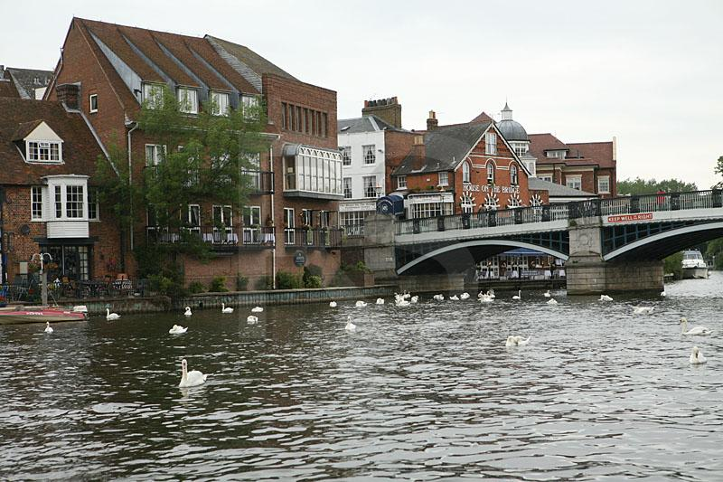 Eton Bridge dans Amore windso10